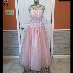 Beautiful David's Bridal Princess Prom Gown💕